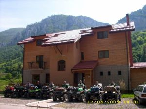 Hostel RouaDeMunte (Mountain Dew)